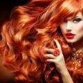 Sattes Rot: So bleibt die Haarfarbe länger schön