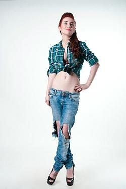 So gelingt die perfekte zerrissene Jeans
